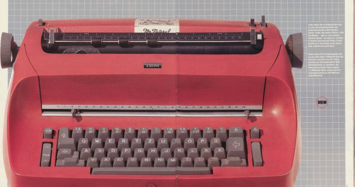 Abbildung von Wolf Wondratscheks Schreibmaschine in der Zeitschrift Lui, Januar 1988, Seite 90f.