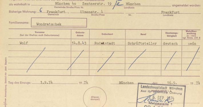Anmeldebestätigung für Wolf Wondratscheks Wohnung in München, 1974